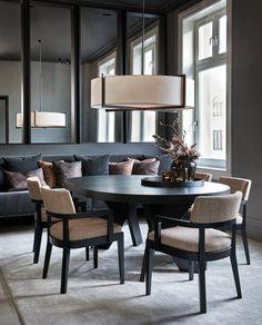 Dinning Room Tables, Dining Room Design, Elegant Home Decor, Elegant Homes, Kitchen Interior, Home Interior Design, Living Comedor, Home Board, Dining Room Inspiration