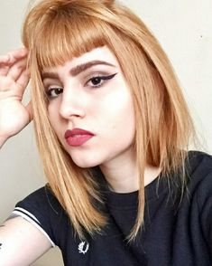 Fred Perry Girl Short Bangs, Short Hair Cuts, Skinhead Girl, Shaved Nape, Pin Up Looks, Rockabilly Pin Up, Redhead Girl, Fred Perry