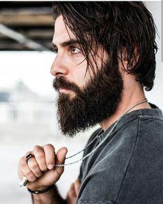 💕💏 Butterfly Spirit 💏💕 Sexy Beard, Epic Beard, Moustaches, Medium Hair Cuts, Medium Hair Styles, Haircuts For Men, Men's Haircuts, Beard Grooming, Beard Tattoo