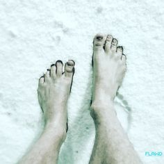 Fresh Snow!  Cold Exposure walking up those 200k Nerve endings in the feet!. Also trying to broad the mechanics of big Toe   Snow  its very different stimuli for bare feet.  #FLAWD #Cold #KAA #Earthing