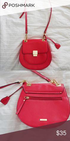 Bright Pink Aldo Crossbody Handbag Great Condtion. Bright Pink Leather Crossbody. Aldo Bags Crossbody Bags