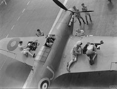 """Arming a Hawker Sea Hurricane fighter on board HMS """"Indomitable"""" - operation """"Pedestal"""" 12 August ~ BFD Navy Aircraft, Ww2 Aircraft, Fighter Aircraft, Aircraft Carrier, Military Aircraft, Fighter Jets, Hawker Hurricane, Supermarine Spitfire, Ww2 Planes"""