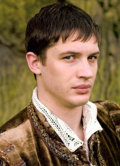 Tommy as Robert Dudley - The Virgin Queen (TV Mini-Series 2005) / TH0003