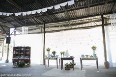 Casamento rústico. Casamento no campo. Decoração DIY. Bandeirinha. Rustic wedding. Doily bunting.