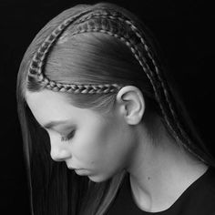 626 отметок «Нравится», 7 комментариев — Estetica Magazine USA (@esteticausa) в Instagram: «FLAWLESS Love2Braid 'Black&White' collection || fashion braids ▪️▪️▪️▪️▪️▪️▪️▪️▪️▪️▪️▪️▪️▪️…»