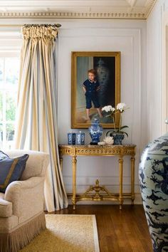 Formal Living Room Decor - so pretty, and love the panels - Joseph Minton Formal Living Rooms, Living Room Decor, Living Spaces, Bedroom Decor, Interiores Art Deco, Sweet Home, Home Decoracion, Style Deco, Interior Decorating