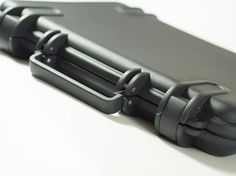 ViVAX – The Crushproof, Waterproof, Shockproof, Dirtproof Laptop Case