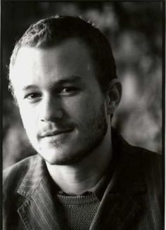 Birth Name: Heathcliff Andrew Ledger Born: 4 April 1979 Died: 22 January 2008 Country of origin:  Australia Height: 6' 1""