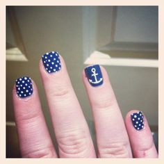 Anchor nail art and designs are a growing trend amongst nail art lovers. These anchor designs are used for the symbolic meaning it carries. Fancy Nails, Cute Nails, Pretty Nails, Manicure Y Pedicure, Mani Pedi, Hair And Nails, My Nails, Anchor Nail Art, Nautical Nails