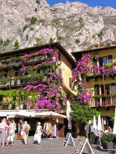 Limone, Lake Garda, Brescia, Lombardy, Italy Beautiful World, Beautiful Places, Travel Around The World, Around The Worlds, Lake Garda Italy, Italy Summer, Italian Lakes, Northern Italy, Lake Como