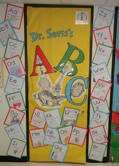 dr. seuss bulletin boards and door ideas | Dr. Seuss--bulletin board or door decor | Dr. Seuss Ideas for prescho ...