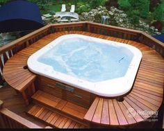 Hot tub with deck only on 2 sides, not the half moon
