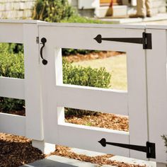Charming Garden Gates: Cattle Rail Gate - Choose the Perfect Garden Gate - Southern Living
