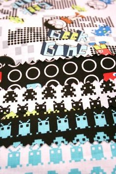 Pacman and space invaders quilt fabric, what's not to love? #pacman #geek #fabric