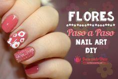 Uñas decoradas con flores y brillos – Video tutorial paso a paso   Decoración de Uñas - Manicura y Nail Art