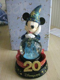 Disneyland Paris 20th Anniversary Snowglobe