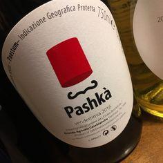 Pashkà il rosso frizzante di Casebianche — Pashkà è la nuova proposta di Casebianche, da uve Barbera e Aglianico. Rifermentato in bottiglia come La Matta e il Fric è un vino che mette allegria al primo sorso!  A questo link troverete i dettagli: http://www.si-wine.it/pashka-rosso-frizzante-secco-paestum-igp-casebianche.html  Ciao e grazie   Simona