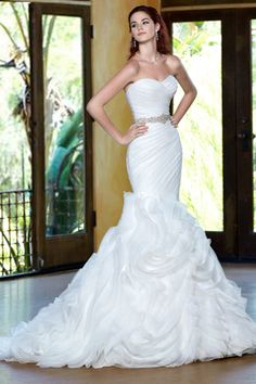 2014 Sweetheart Pleated And Fitted Bodice Mermaid/Trumpet With Ruched Organza Skirt Court Train