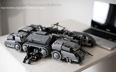 Work in progress: Lego Technic StarCraft 2 siege tank MOC