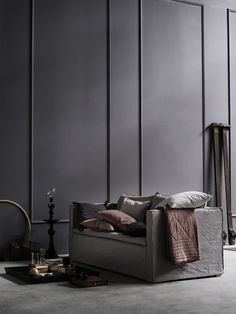 wall moulding in dark grey. Modern transitional style