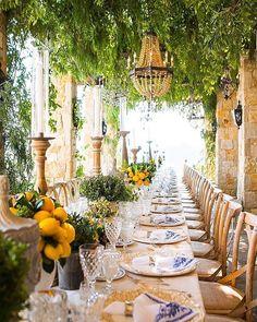 For Love & Lemons - Inspirations de mariage - Voyage de Noces Brunch Decor, Brunch Table, Dinner Table, Sunday Brunch, Stil Inspiration, Wedding Inspiration, Wedding Ideas, Wedding Destination, Wedding Planning