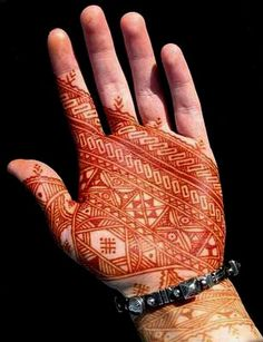 Beautiful Moroccan style henna There's just too many!