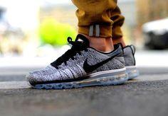 Nike Flyknit Air Max Oreo