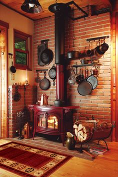 Most up-to-date Free Wood Stove rustic Ideas While solid wood is among the most eco-friendly heat technique, them under no circumstances definitely seems t. Wood Stove Surround, Wood Stove Hearth, Stove Fireplace, Wood Burner, Cabin Fireplace, Fireplace Ideas, Wood Stove Decor, Corner Wood Stove, Tiny Wood Stove