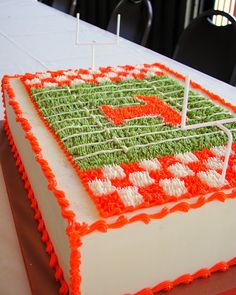 a football field cake for the ultimate vols fan. magpies bakery, knoxville tn