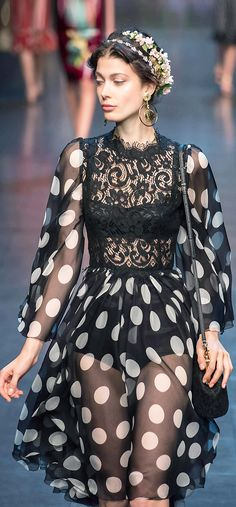 Dolce & Gabbana. Hate the bodice, but adore the big polka dots and the chiffon.