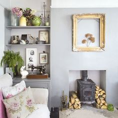 Country living room pictures and photos for your next decorating project. Find inspiration from of beautiful living room images Living Room Images, Living Room Grey, Living Room Modern, Home Living Room, Living Room Decor, Living Spaces, Dining Room, Country Style Living Room, Blue Rooms