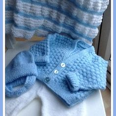 Image of Knitted Baby Outfit