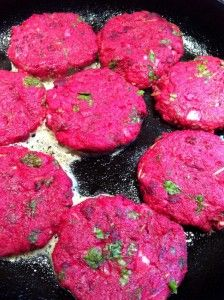 Delicious & healthy potato & beetroot burger