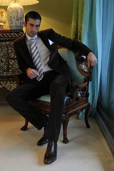 Mens Fashion Suits, Mens Suits, Male Fashion, Stylish Mens Outfits, Casual Outfits, Costume Sexy, Dapper Dan, Lakme Fashion Week, Sexy Men