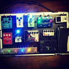 @reynaldo_17's pedal board. More delicious overdrive pedals.