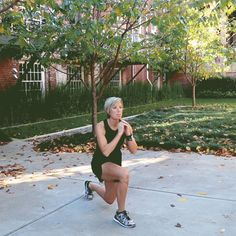 and though she may have been born that way, it turns out she ha. It's hard, but it really works, the Grammy-winning artist has said about Tabata, her favorite new workout Carrie Underwood Diet, Carie Underwood, Fit Girl Motivation, Fitness Motivation, Erin Oprea, Tabata Workouts, Daily Workouts, Training Workouts, Body Workouts