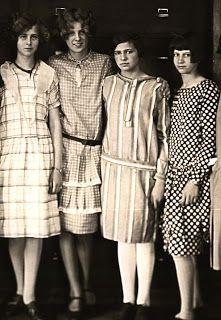 Antares: Alpha Scorpii: 1920s dresses