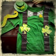 Shamrock t-shirt--Love this, but may be a little beyond my sewing abilities.... Hmmmm.
