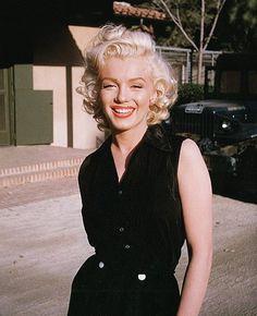 Marilyn Monroe photographed by #haroldlloyd in 1953.