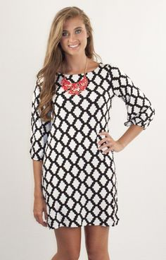 Possibly our most popular pattern, Hourglass Lilly 500DIGWHB is the cutest game day (or any day!) tunic dress we have ever laid eyes on! The most popular black and white pattern we have ever carried, this look rocks no matter how you choose to wear it. Layer it with leggings and a scarf for the colder months, or rock it with flip flops for summer! Sleeve on this style is straight with no elastic.