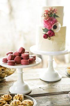 two tier wedding cak