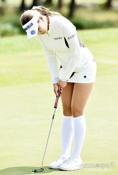 For a female golfer to feel safe and capable throughout the course, she's going to have to get into ladies golf apparel and also have the right golfing equipment. A wide assortment of female golf Girls Golf, Ladies Golf, Golf Outfit, Sexy Golf, Golf Tips For Beginners, Perfect Golf, Womens Golf Shoes, Golf Quotes, Golf Accessories