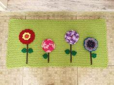 Tapete de porta Jardim das Flores crochê