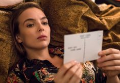 Jodie Comer, star of BBC America's new serial killer drama series 'Killing Eve', talks with our own Christina Radish about Villanelle's style, doing her own stunts, and hoping to play this part for years to come. Five Jeans, Romantic Comedies On Netflix, Phoebe Waller Bridge, Beauty And The Best, Sandra Oh, Jodie Comer, Katie Mcgrath, Film Books, When You Love