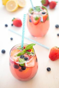 berry lemonade recipe minus the alcohol! This looks so refreshing!
