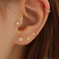 Ear Piercing Chart - Piercings na orelha para homens e mulheres - Piercings - Piercing Chart, Innenohr Piercing, Ear Piercings Chart, Ear Peircings, Ear Piercings Cartilage, Triple Ear Piercing, Double Cartilage, Tongue Piercings, Body Piercings