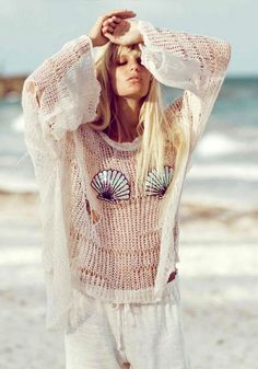 Adorable beachy sweater... perfect for a sunset!