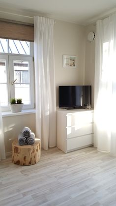 Family and Garden apartment in Kuressaare Estonia Living Room, Interior Design, Apartments, Garden, Kitchen Decor, House, Collections, Home Decor, Beautiful