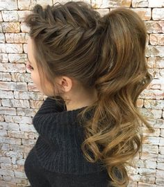 Featured Hairstyle:hair by zolotaya;www.instagram.com/hair_by_zolotaya; Wedding hairstyle idea.
