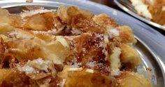 Ελληνικές συνταγές για νόστιμο, υγιεινό και οικονομικό φαγητό. Δοκιμάστε τες όλες Pita Recipes, Sweet Recipes, Cake Recipes, Dessert Recipes, Greek Sweets, Greek Desserts, Fun Desserts, Greek Cookbook, Food Network Recipes